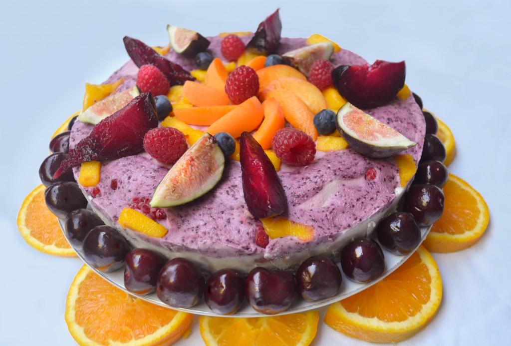 divine organics raw food cake,  raw summer solstice